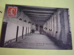 CPA - BESANCON - Ancien Séminaire Désaffecté, Rue Mégevand - Caserne De Réservistes - Les Couloirs - Besancon