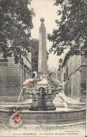 AIX EN PROVENCE  - 13 -  La Fontaine Des Quatre Dauphins  - 030813 - Aix En Provence