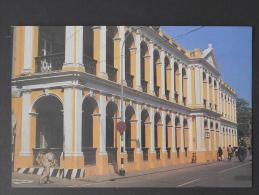 MACAU EDIFICIO NA AVENIDA CONSELHEIRO FERREIRA DE ALMEIDA   -    (Nº02673) - Cartes Postales