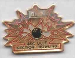 Banque BNP , ASC Lille , Section Bowling , Pin's En TBE : Défaut Du Au Scan - Banken