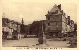 SARLAT Place De La Sous-Préfecture - Sarlat La Caneda