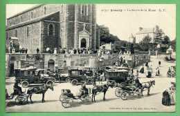 35 DINARD - La Sortie De La Messe - Dinard