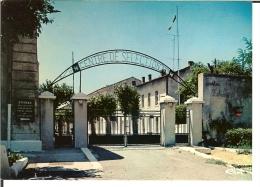 Tarascon. Caserne Quartier Kilmaire - Entrée - Tarascon