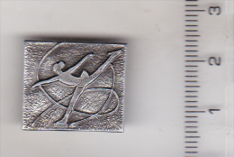 USSR Russia Old Sport Pin Badge - Skating - Patinaje Artístico