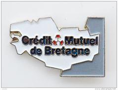 Pin's Carte De Bretagne Crédit Mutuel - CBR - Pin's