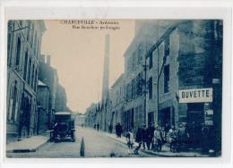 08-2388 CHARLEVILLE Buvette Voiture Rue Bourbon Animée - Charleville