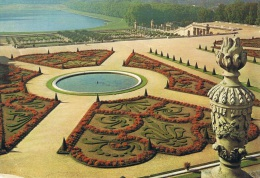 VERSAILLES - Château De Versailles : Le Parc, Les Parterres Du Midi - Carte Neuve - Versailles (Castello)