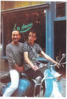 Nos 100 Ans ! Jacques Et Luc - Scooter Vespa ; 2010- Rennes 35 France, Rue Saint Malo - Os Amigos