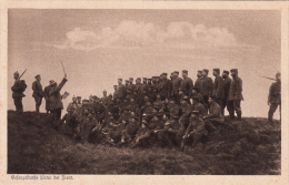 Carte Allemande- Gesangsstunde Hinter Der Front (2scans) - Oorlog 1914-18