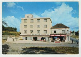 CP.. 95 . LOUVRES . TABAC DE LA GARE . HOTEL . RESTAURANT - Louvres