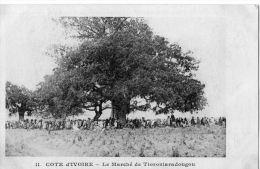 Afrique  Côte D'Ivoire   Un Marché A  Tioroniaradougou - Côte-d'Ivoire