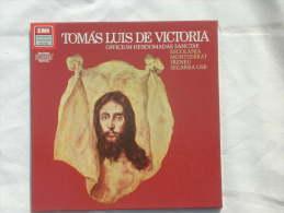 TOMAS LUIS DE VICTORIA : Officium Hebdomadae Sanctae (Escolania Montserrat Ireneu Segarra OSB) - Religion & Gospel