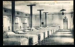 49 SAUMUR / Ecole De Réforme De St Hilaire, Le Dortoir / - Saumur