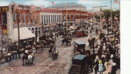 ( CPA ÉTATS UNIS )  STREET SCENE FRONTIER DAY, CHEYENNE, WYE. - Cheyenne
