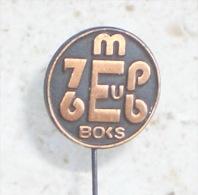 BOXING CHAMPIONSHIP 1976. ( Yugoslavian Vintage Pin ) Badge Boxing Boxe Boxeo Boxen Pugilato Anstecknadel Distintivo - Boxing