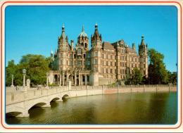 SCHWERIN : Le Château - Schwerin
