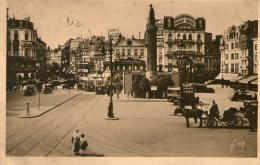 LILLE - La Grande Place Et La Déesse - 1938 - - Lille