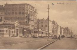 Wenduine    L'Arrêt Du Tram        Scan 5027 - Wenduine