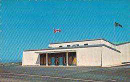 Canada Quebec Mont-Joli Le Centre Recreatif avec piscine interie