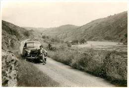 PH 08-13-320 : Photo Format Environ  8 X 11 Cm Automobile  Gorges De La Loire Entre Roanne Et St Etienne - Automobiles