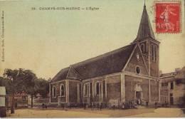 Lot  113 CPA De Champs Sur Marne L'église Animée - Other Municipalities