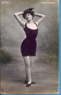 -- DIVONNE --  FOLIES DRAMATIQUE   --- CARTE PHOTO COLORISEE  --  1911 - Artistes
