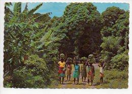 REF 122 : CPSM The Tropical Caribbean Porteuses De Bananes - Antilles
