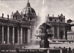 Italia--Vaticano--Fontana In Piazza S.Pietro - Vaticano (Ciudad Del)
