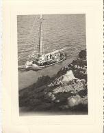 BATEAU  à Quai  Voiliers  10,5 X 8CM ANNEE 60 - Barcos