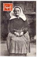 - Femme Bretonne En Costume   (59634) - France