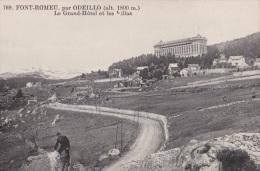 CPA FONT ROMEU 66 - Le Grand Hôtel Et Les Villas - Frankreich