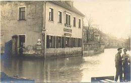 AK Zwickau, Hochwasser, Filiale Invalidendank, W. Jacob, Leute - Zwickau