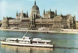 Schiffe,  Cruiser,,.Budapest, Parlament, Donau,  Gelaufen Non - Schiffe