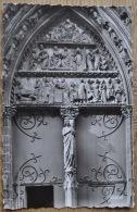 Paris - Portail De Cloitre De Notre Dame - La Vierge Du Trumeau (vers 1250) - Photo: Veritable - Editor: Chantal - Notre-Dame De Paris
