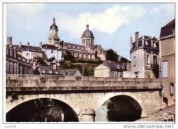 SEGRE -  Le Pont Sur L´Oudon Et L´Eglise De La Madeleine  - N° 190 55 - Segre