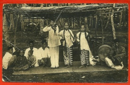 En L´ état CPA CARTE PHOTO - SINGAPORE Musiciens Et Danseuses ° Violon Singapour Gevaert - Singapore
