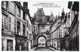 Vendôme (Loir-et-Cher) L'Hôtel-de-Ville. - Vendome