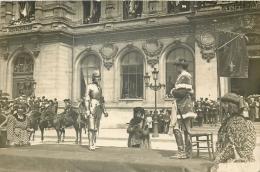 89 POITIERS CARTE PHOTO FETE JEANNE D'ARC - SCENE JEANNE D'ARC RENCONTRANT CHARLES VII - Poitiers