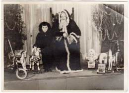 Photo Ancienne, Père Noël & Enfant, Cadeaux, Poupée, Peluches, Trottinette - Photos