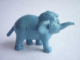 FIGURINE PUBLICITAIRE MIR - le livre de la Jungle - El�phanteau bleu Junior