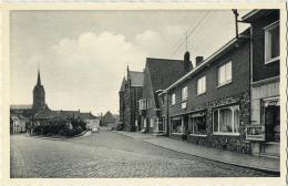Lummen :  Gemeenteplein  (  Old Car ) - Lummen