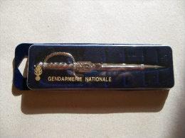 Coupe Papier Gendarmerie Neuf - Equipement