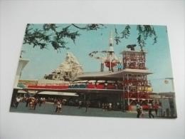 TOMORROWLAND  MISSILE DISNEY PARCO - Disneyland