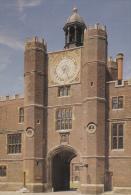 Reino Unido--London--1967--Hampton Court Palace--Astronomical Clock - Astronomía