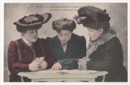 CPA Fantaisie - Femme - Jeu De Cartes  (H. Manuel) - N° 4 - Femmes