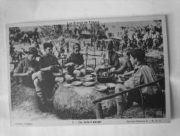 SCOUTS DE FRANCE- Une Salle à Manger - Scouting