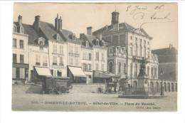 205 - NOGENT LE ROTROU - ^Hôtel De Ville. Place Du Marché - Nogent Le Rotrou