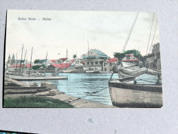 Carte Postale Ancienne : BELIZE , BRITISH HONDURAS : Belize River - Belize