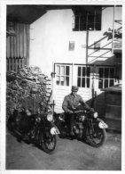 FOTO 6,5 X 9 Cm, Motorräder, Soldaten, Hakenkreuz - Weltkrieg 1939-45