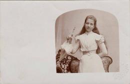 Junge Sehr Hübsche Dame Mit Sonnenschirm, Biedermeierzeit, Original Fotokarte Vor 1900, Prägestempel Des K.u.k. ... - Frauen